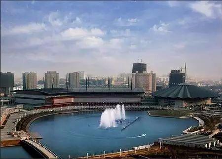 郑东新区cbd郑州国际会展中心图片